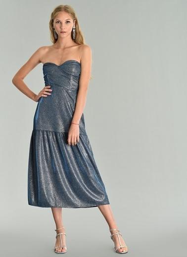 Agenda Parlak Kumaşlı Straplez Elbise Lacivert